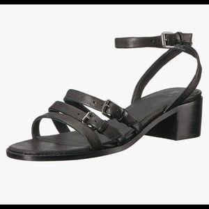 FRYE Cindy Black Buckle Sandal / Size 8